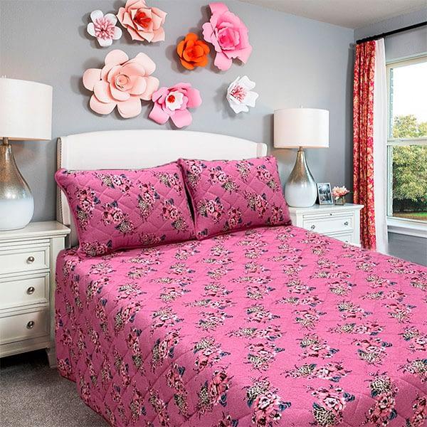 cobreleito casal malha com estampa floral em rosa – moda casa